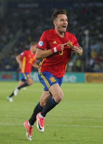 Hat-trick hero Saul steps up to lead Spain to the final