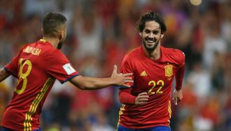 Isco powers Spain close to Russia